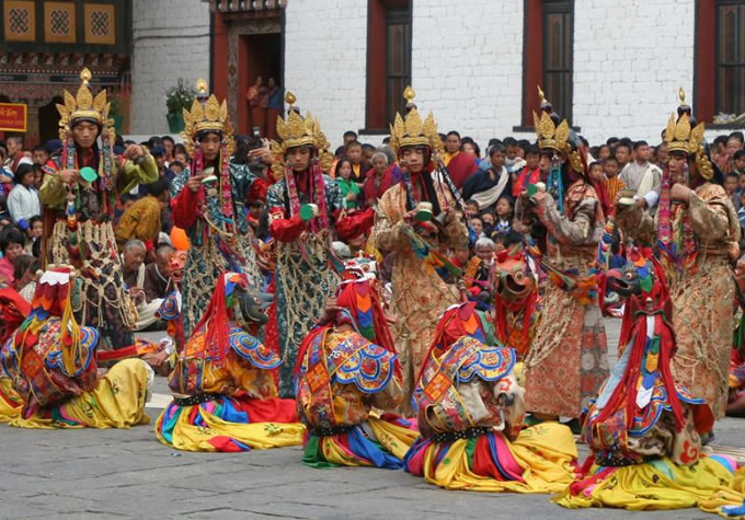Bhutan – Troon der Goden6