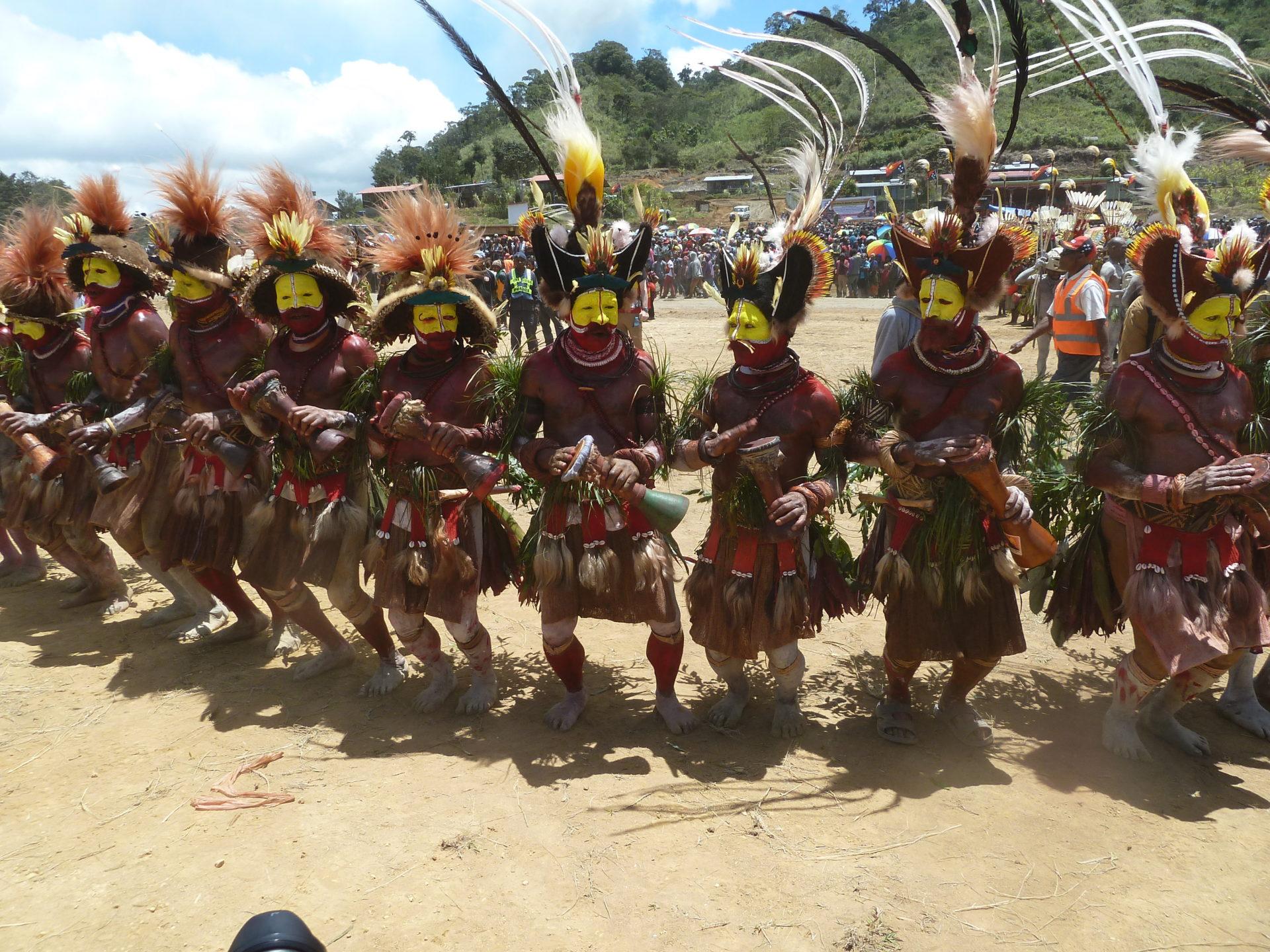 Papoea Nieuw Guinea reis Huli stam uit Tari