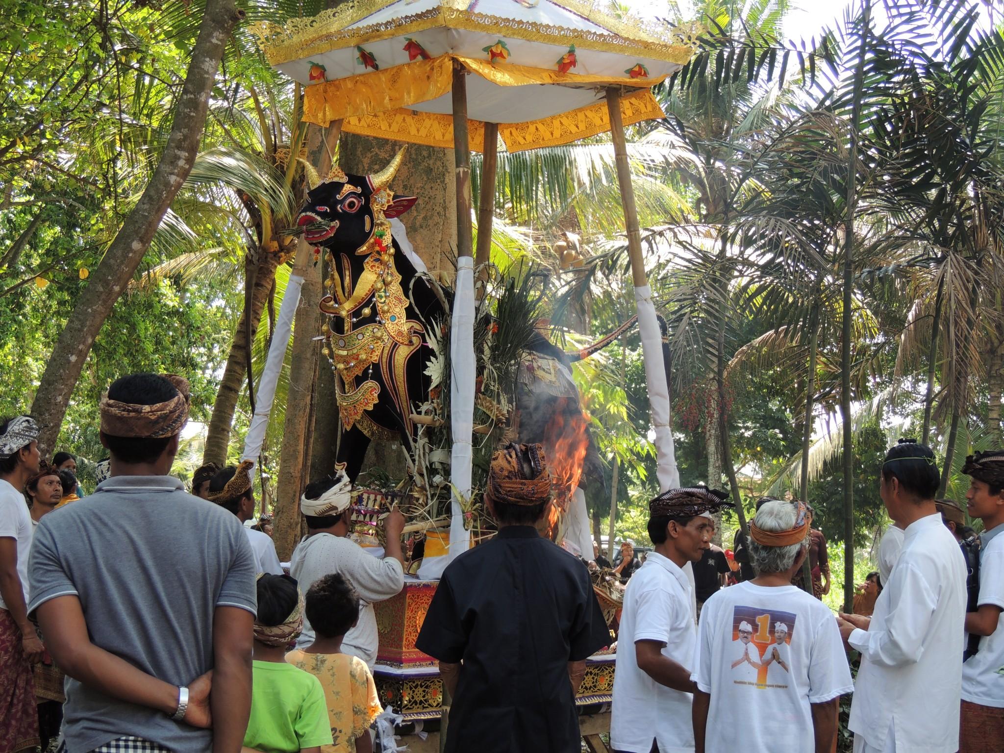 Indonesië, krematie op Bali