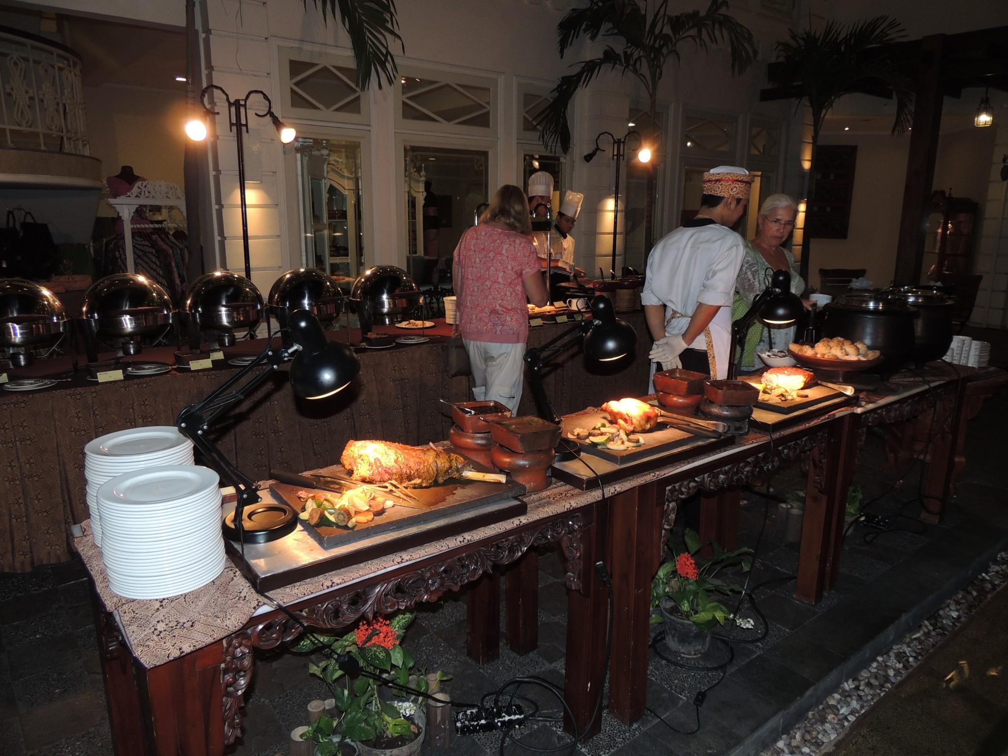 Indonesië, buffet in ons hotel in Yogyakarta