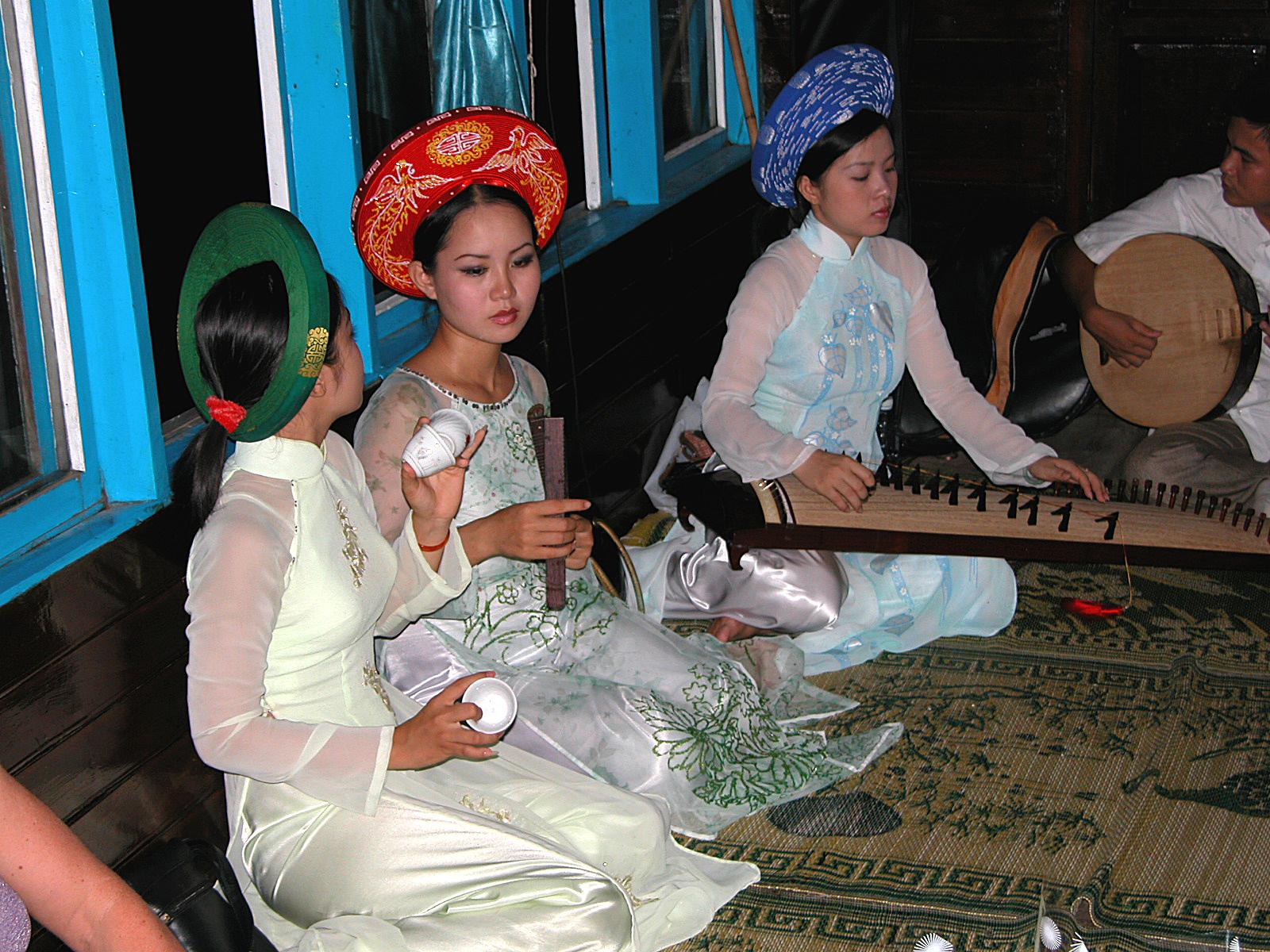 Vietnam, boottocht op de parfum rivier in Hue