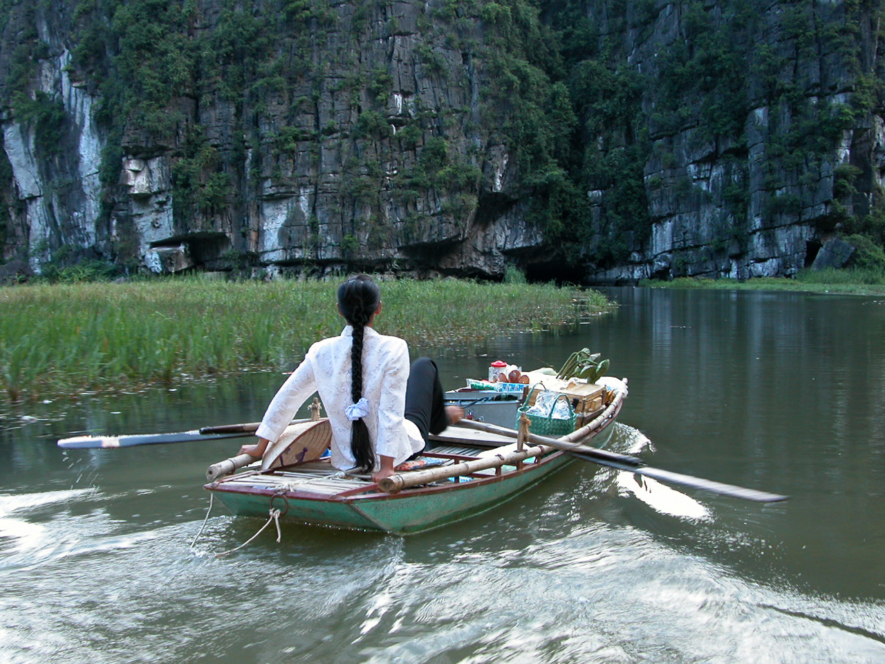 Vietnam, Tam Coc - Halong bay op land