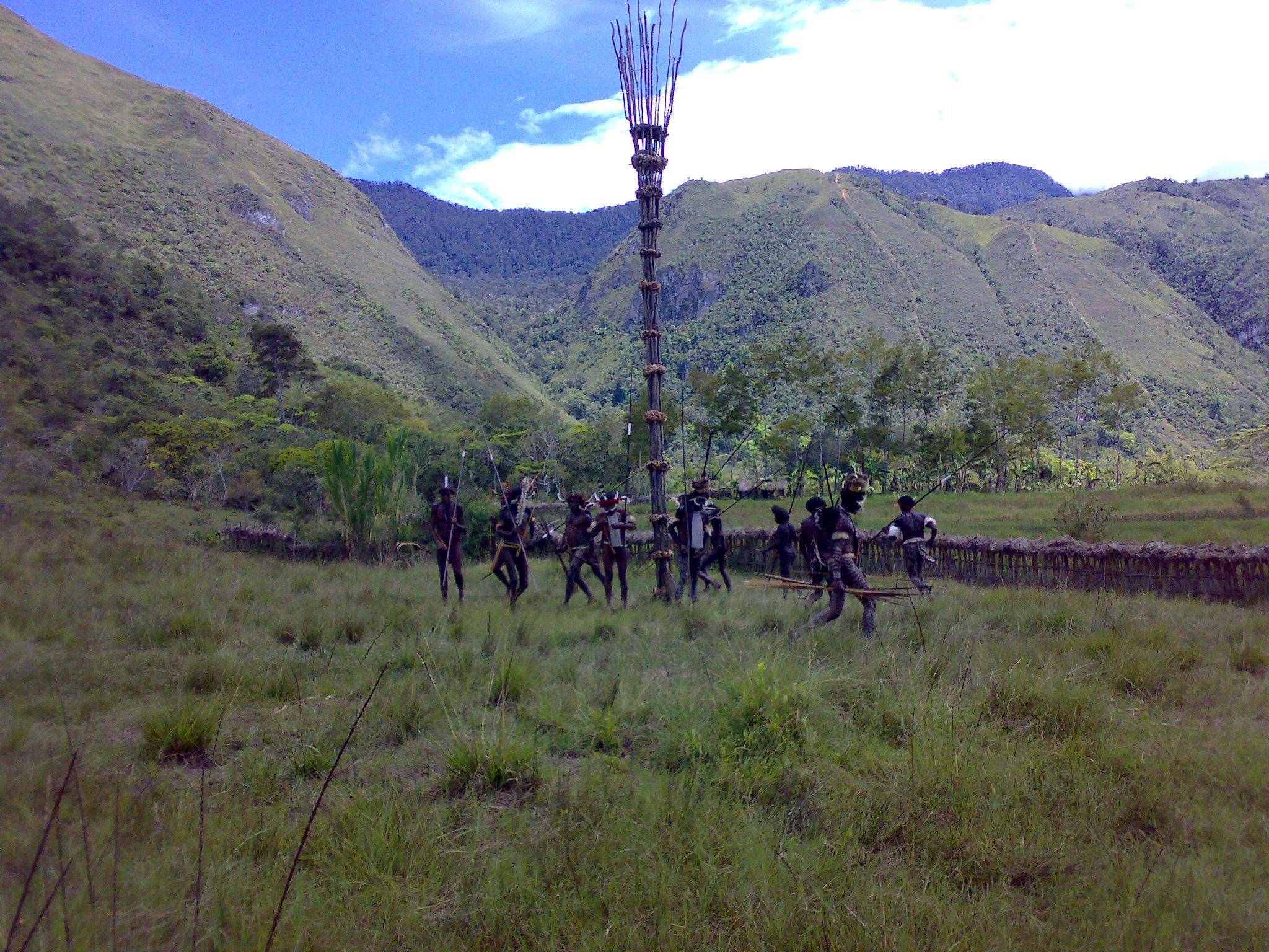 Papua reis – Asmat Fire8